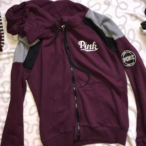 Zip-up from pink